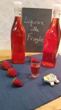 VideoRicetta Liquore alle Fragole