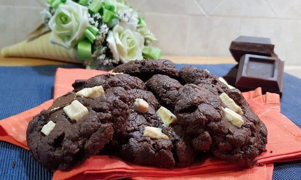 VideoRicetta Cookies al Doppio Cioccolato🍫🍫🍫🍫🍫🍫🍫🍫🍫