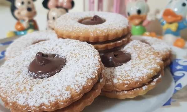 Biscotti Occhi di Bue alla Nutella
