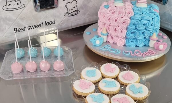 Cake Pops, Biscotti e Torta Baby Shower